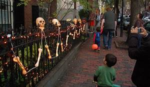 Halloween In Amerika : best halloween neighborhoods in america aol lifestyle ~ Frokenaadalensverden.com Haus und Dekorationen