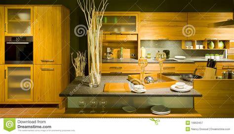 echelle de cuisine échelle moderne neuve 20 de cuisine photographie stock