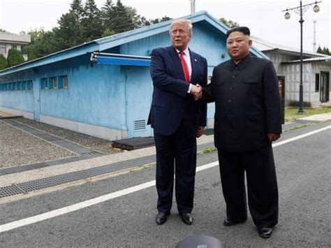 kim trump dmz shake ap mo hpmainx balloon juice