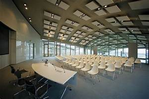 Lufthansa Aviation Center : lufthansa aviation center day light lichtplanung ~ Frokenaadalensverden.com Haus und Dekorationen