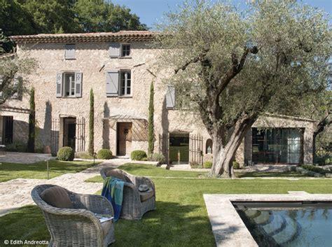 les plus belles maisons d 233 couvrez les 50 plus belles maisons de vacances en bastides provence