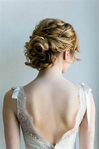 Coiffure Pour Cheveux Mi Longs : photos chignons cheveux mi longs ~ Melissatoandfro.com Idées de Décoration