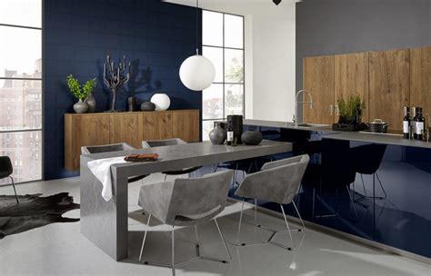 cuisine blanche mur gris déco cuisine pourquoi pas du bleu nuit nos inspirations