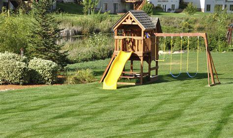 Home Playground : Backyard Playground Safety Issues