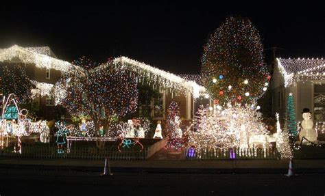 best christmas lights and holiday displays in san carlos