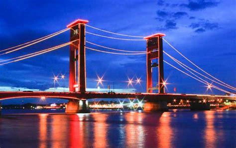 paket  palembang jembatan ampera sungai musi  hari  malam  sumatera selatan
