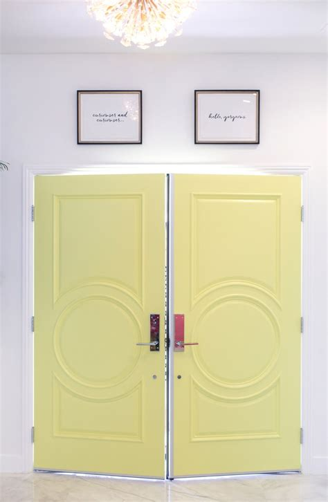Bold Color Christopher Kennedy Modernism Showhouse by Kate Spade New York Entry At The Christopher Kennedy