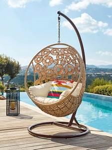 Fauteuil Suspendu Exterieur : jardin terrasse la folie des fauteuils cocons ~ Dode.kayakingforconservation.com Idées de Décoration