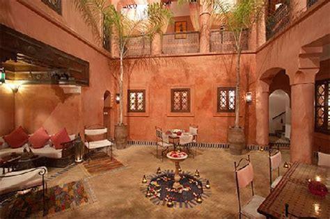 d 233 couvrez l architecture marocaine en loant un riad riad tchina