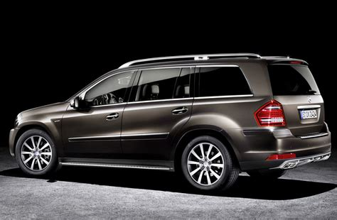 Gls 450 wheels start at a sizable 20 inches and can go up to 21. 2019 Mercedes Benz GL450 | Car Photos Catalog 2019