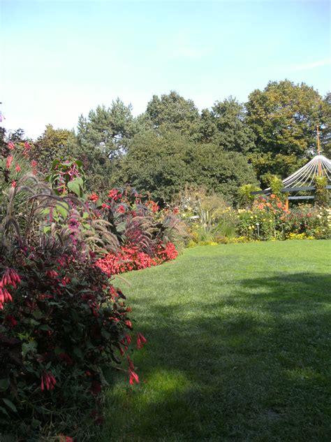 Botanischer Garten Augsburg Im Herbst by Herbstlicher Farbenzauber Im Botanischen Garten Augsburg