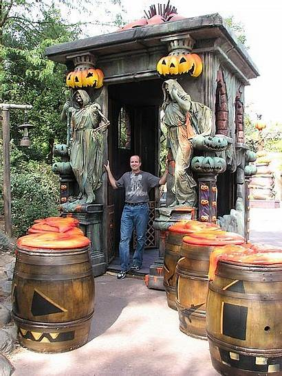 Halloween Outdoor Decorating Decorations Haunted Outside Diy