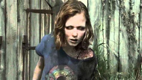 The Walking Dead-barn Scene