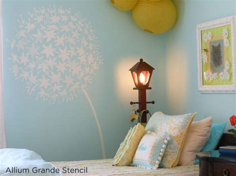 Stenciled Rooms In Bloom