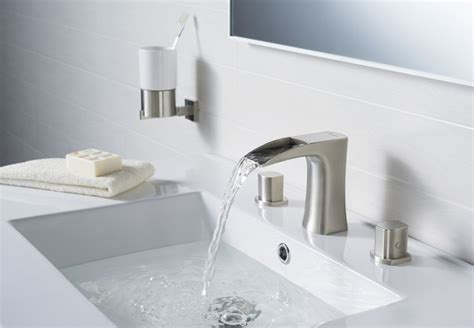 Modern Faucets For Bathroom by Modern Traditional Bathroom Faucets Modern Bathroom