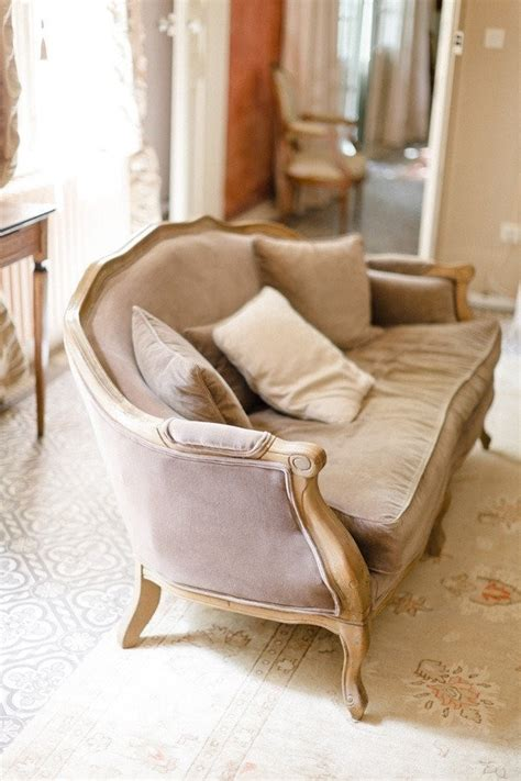 Recovering Settees by 1000 Images About Recovering Vintage Settee Ideas On