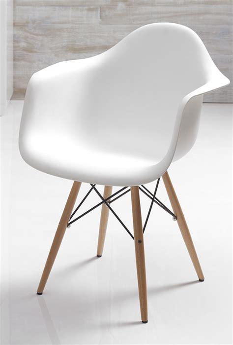 chaise scandinave avec accoudoir chaise ou blanche lozano 2 sofamobili