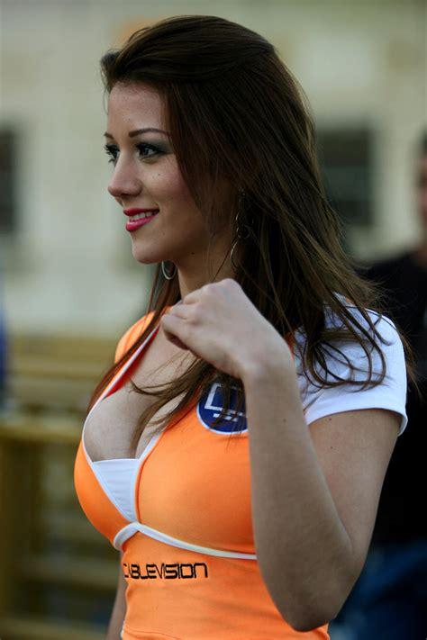 Las chicas más bellas de la Jornada 9 de la Liga MX