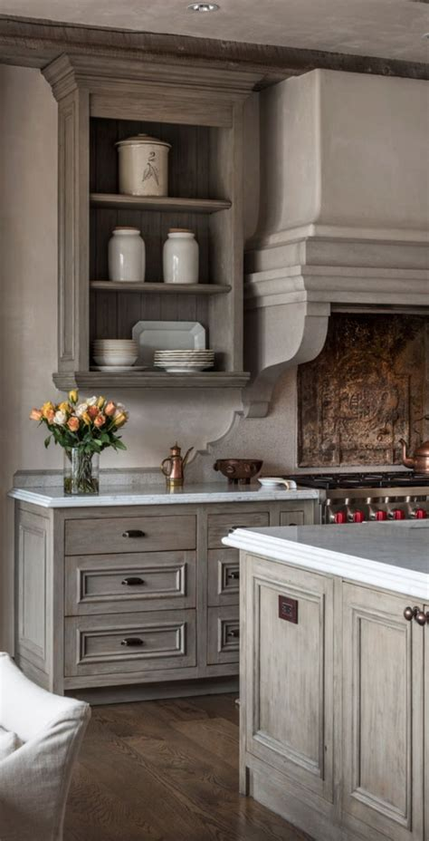 Proofer Cabinet In Spanish by 25 Best Ideas About Old World Decorating On Pinterest