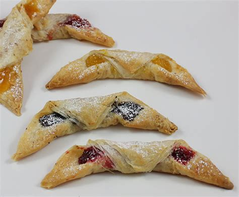 Try to prepare your filo dough recipe with eat smarter! Phyllo Rugelach Pastries | Athens Foods - MasterCook