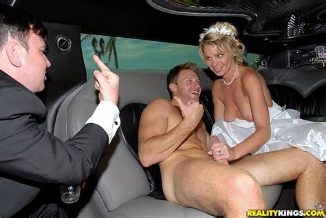 Milf Limo In Limo By Grooms Maid Real Hot Amate