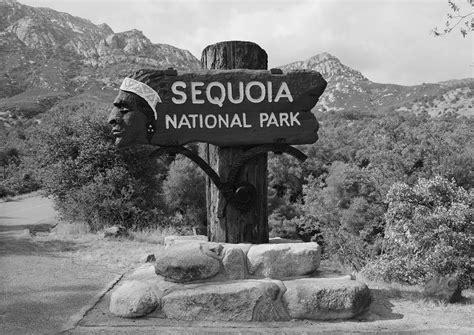 ash mountain entrance sign wikipedia