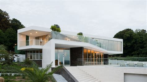 Modern Houses : Spacious Contemporary House In Sochi, Russia |
