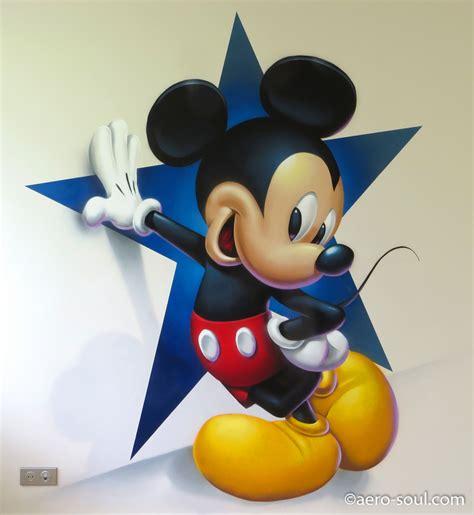 decoration chambre mickey décoration murale graffiti aérosol pour chambre d 39 enfant mickey mouse