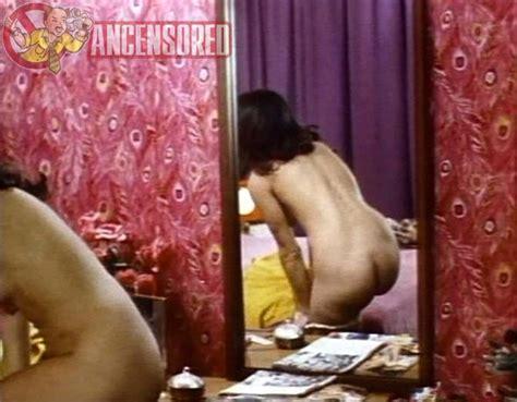 Larratt  nackt Monique Mo'Nique