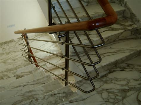 ringhiera per interni ringhiera da interni in acciaio inox con corrimano in legno