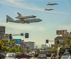 wordlessTech | Endeavour over Los Angeles [video]