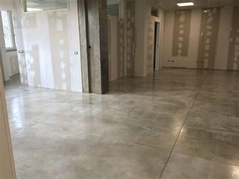 pavimenti resina epossidica pavimento industriale in resina epossidica enni color