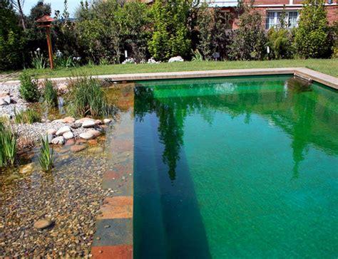 24 Wonderful Small Swimming Pool Design For Small Backyard