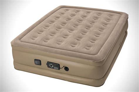 insta bed raised air mattress cloud comfort the 9 best air mattresses hiconsumption
