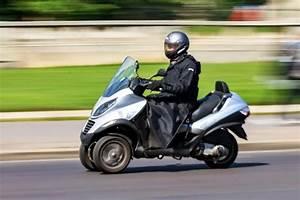 Moto A 3 Roues : scooter 3 roues avantages et inconv nients ~ Medecine-chirurgie-esthetiques.com Avis de Voitures
