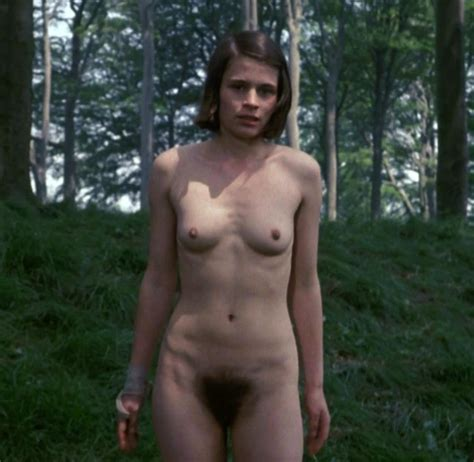 Linda Hamilton Nude Tits And Hairy Pussy Scandal Planet