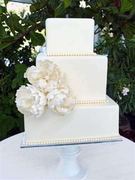 Such A Beautiful Simple Wedding Cake Weddingmix Blog