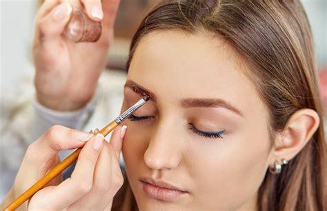 Как покрасить брови в домашних условиях — советы в Журнале Маркета