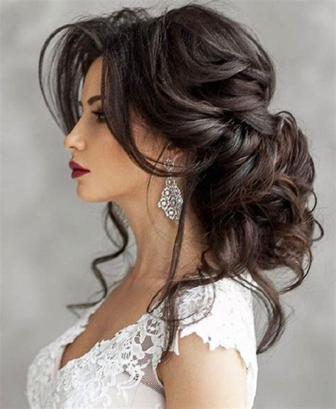 15 Photos Long Hairstyles for Wedding Party