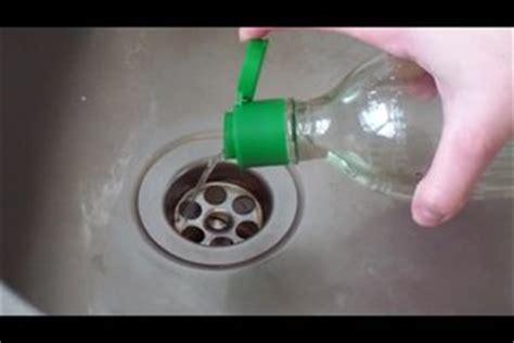 geruch aus dem abfluss badewanne 252 berlauf stinkt eckventil waschmaschine