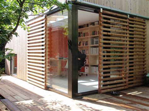 Office and Guest House in a Modern Garden Pavilion