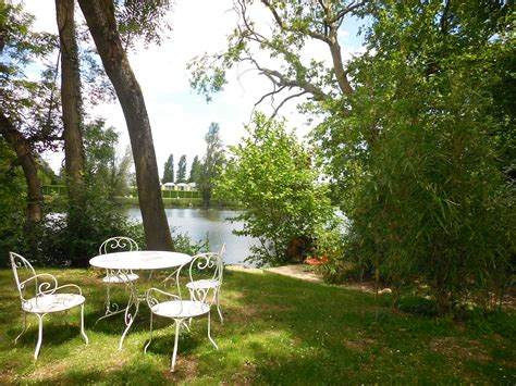la maison du lac g 238 te de la maison du lac h 233 bergements dormir manger sortir touraine loire valley