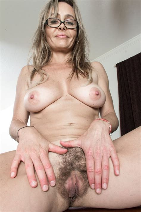 Mature Free Porn Pictures Videos