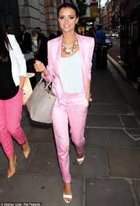 Lucy Mecklenburgh looks super slim as she steps out in 1980s Miami Vice style pink suit | Daily ...