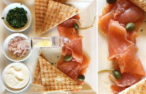 croquette de saumon cuisine fut馥 café métropole un lieu mythique sur la place de brouckère restaurant bruxelles