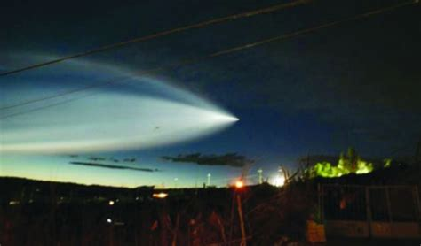 UFO in China closes Xiaoshan Airport after being spotted ...