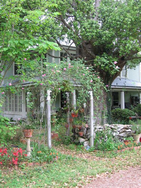 mcintosh fl winter garden gate photo picture image