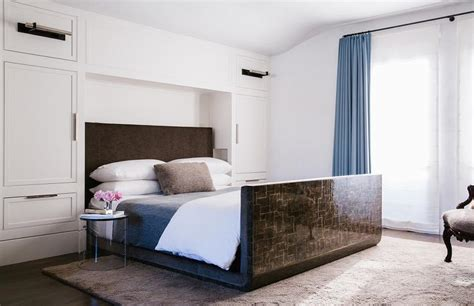 brown lacquered bed design ideas