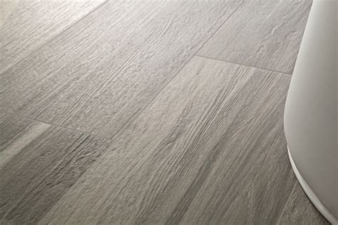 Applications for Wood Look Ceramic Tile — Saura V Dutt