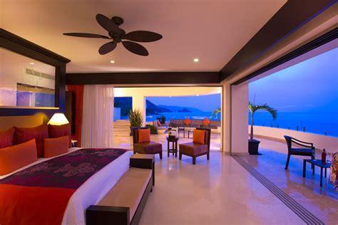 The Honeymoon Suite at Garza Blanca